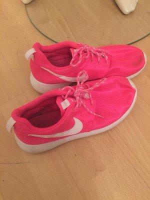 Nike Zapatillas rosa neón