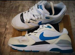 Nike Twilight Runner Sneaker GR.36.5 Neu mit Karton