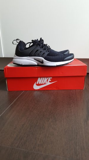 Nike W Air Presto 38 Sneaker schwarz/weiß