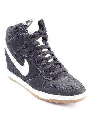 Nike Sneaker con zeppa nero-bianco stile semplice