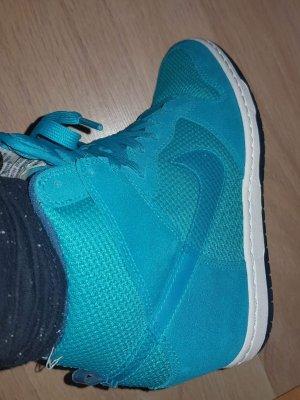 Nike Sneaker con zeppa azzurro Viscosa