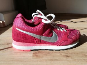 Nike, weinrot, Gr.40,5