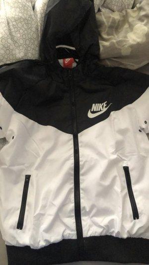Nike Outdoor Jacket white-black