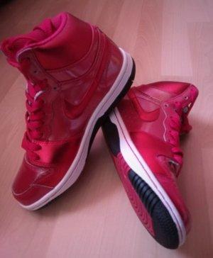 Nike Wmns Court Force High Sneaker Rot Metallic very berry Neu Gr.36