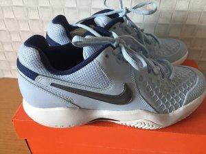 Nike Women's Air Zoom Resistance Tennis Shoes in Größe 38 NEU in OVP