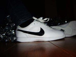 nike women`s stamina cheer shoe