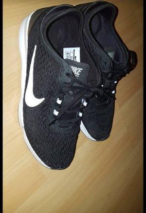 Nike Zoom 37.5