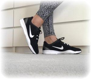 Nike Zoom Fit Trainingsschuhe, neu in OVP