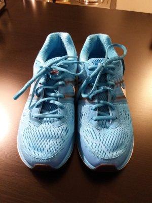 Nike Basket bleu fluo