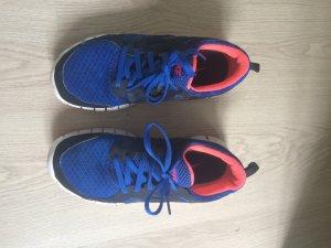 Nikes in blau-pink gr.39