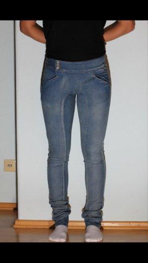 Nikita jeanshose blau