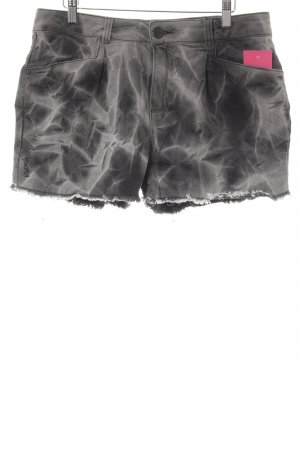 Nikita Shorts Batikmuster Casual-Look