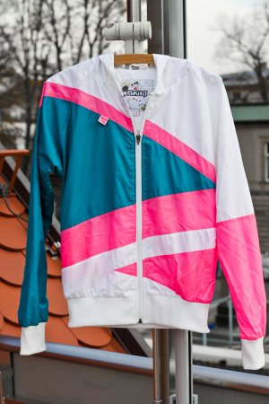 Nikita Windbreaker Zipperjacke Retro NEON