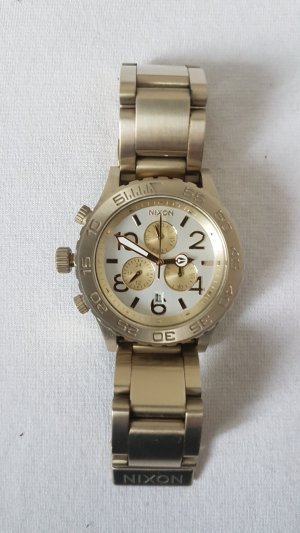 Nixon Watch With Metal Strap white-gold-colored stainless steel