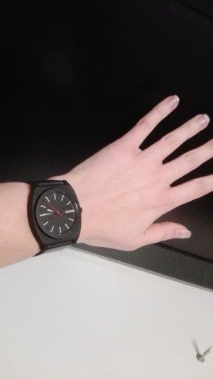 Nixon Time Teller schwarz weiß Uhr