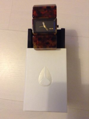 Nixon Uhr mit Karton
