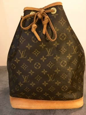 NOÉ MONOGRAM CANVAS
