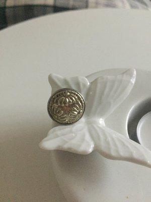 Noosa Button silver-colored
