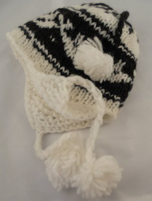 Lapland Hat white-black wool