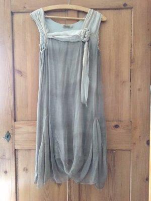 Nostalgisches italienisches Kleid. Super schön!