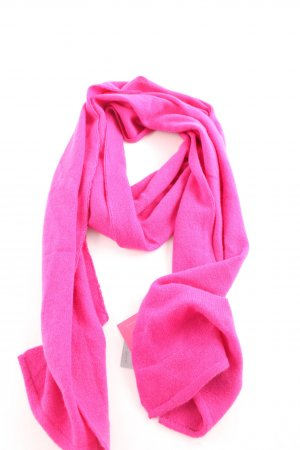 Not Shy Cashmere Scarf pink casual look