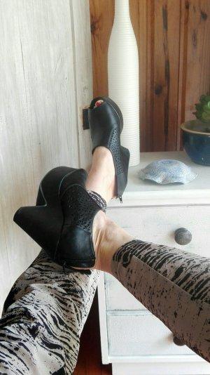 Novo Heels, schwarze Echtleder Plateau Open Toe Heels, Größe 39