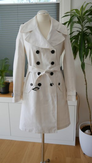 Burberry Trench Coat white-black