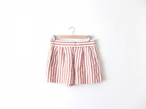 nude braun gestreifte Zara Woman Shorts Gr. M 38 hot pants