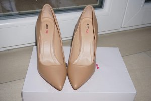 Nude Stilleto von JustFab