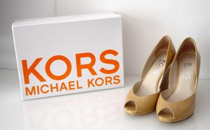 Michael Kors Wedge Sandals cream-gold-colored leather