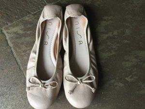 Nudefarbene Ballerinas von Unisa