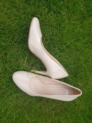 Nudefarbene Pumps - Lack - High Heels - Gr. 41
