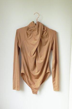 Nudefarbener Body von H&M mit gewickelter Vorderseite und Turtleneck M