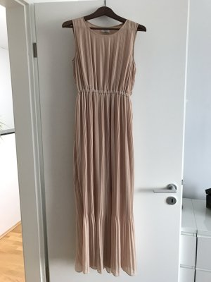 Nudefarbenes Kleid von Dolicetti