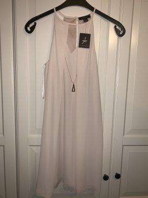 Nudefarbenes Kurzes Kleid