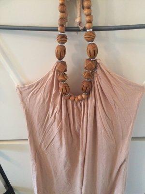 Nudefarbenes Top mit Holzperlen