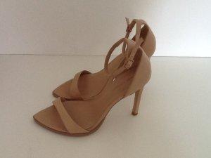 Nudes von Zara, Sandaletten