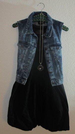 Nümpf Ballon-Kleid mit Schleife