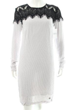 Nümph Langarmkleid schwarz-weiß abstraktes Muster Casual-Look