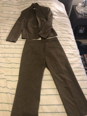 Business Suit brown