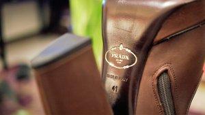 Nur einmal getragen: Schöner Original Prada Plateaustiefel in braun Gr. 41 OVP