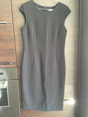 NUR HEUTE !!!  ungetragen: Business Kleid ZARA ital. Länge