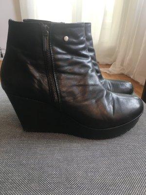 Nur noch bis Ende März-Keil Booties in schwarz, super weiches Leder
