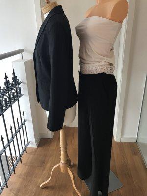 * SUPER-PREIS!!! * Wunderschöne elegante Nadelstreifen-Hose * Anzugshose * Größe 36 * Passender Blazer in Größe 38 auch in meinem Schrank