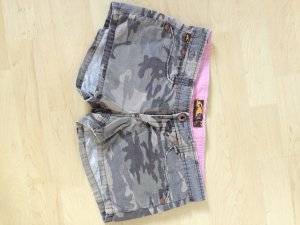 O'Neill Hot Pants camouflage, 26