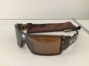 Oakley Brille für Sport und Strand