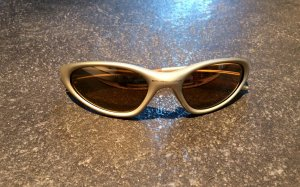 "Oakley ""Minute"" Sonnenbrille in bronze"