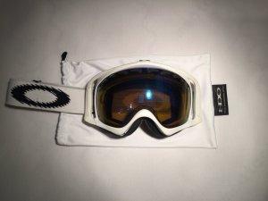 Oakley Skibrille in weiss gebraucht kaufen  Wird an jeden Ort in Österreich