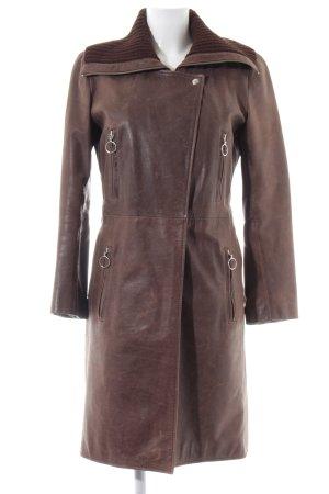 Oakwood Abrigo de cuero color bronce look casual