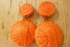 Earclip neon orange-cream